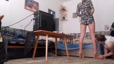 Assworship and facefarting after lick my legs!