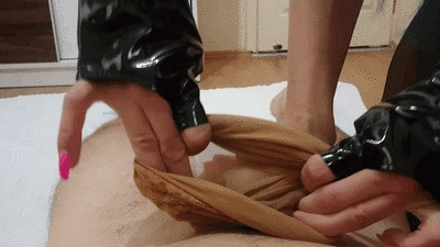 DOMINA ANDOVA NYLON FOOTJOB