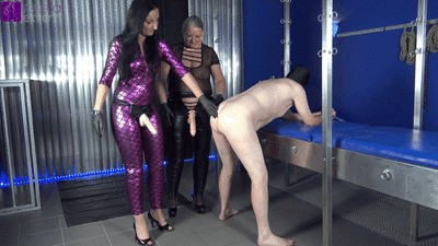 2 Dominas fuck a slave, with strap-ons, in the ass and piss in his mouth!