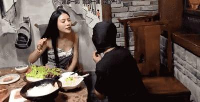 Mistress Xue Feeds Her Pet
