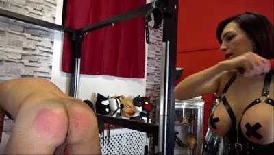 Lady Scarlet - Burning butt