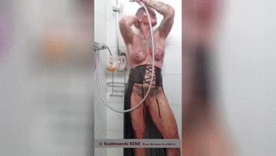 Shower-Time for Scatmuschi, your German ScatBitch BINE