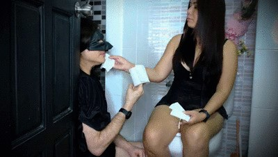 Covering my Slave's Face with Shit