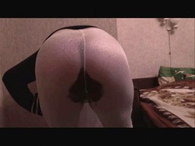 Oxana Poop In Shiny Tights