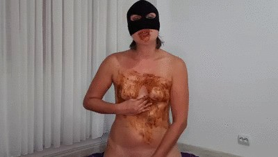 Dirtywife continue her scat training lessons