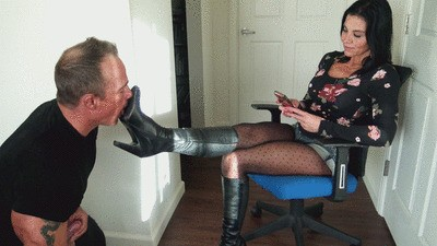 Cum from the dirt on my Boot Soles