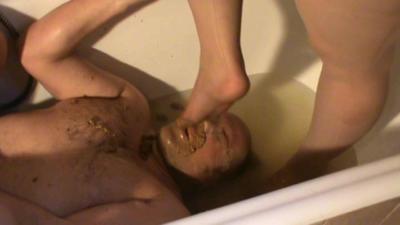 Enema Scat On Slave In Bathtub