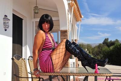 Nanalou pink dress & boot part1