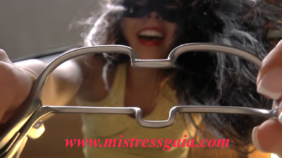 MISTRESS GAIA OPEN YOUR MOUTH
