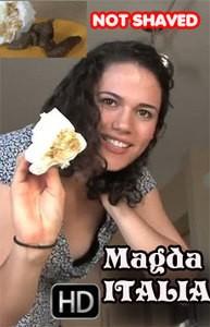 Magda from Italy shits