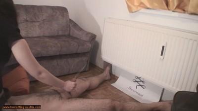 Naked Facesitting 176