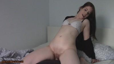 Naked Facesitting 219