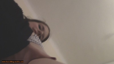 Naked Facesitting 222