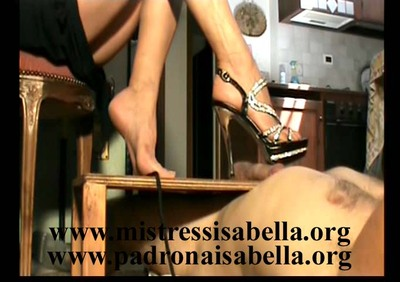 169.1 Italian Hard Dick trample M. Isabella