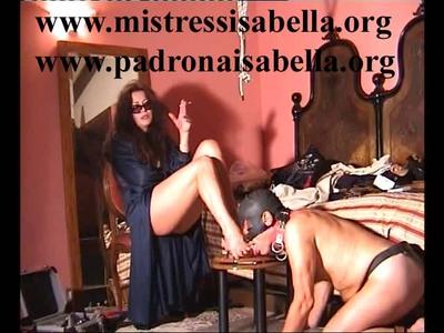 112.3 Fetish Mistress Isabella