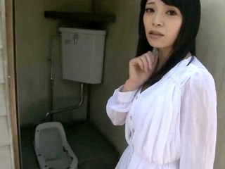 Pretty Babe Has a Thing for Filthy Toilets! - HD only