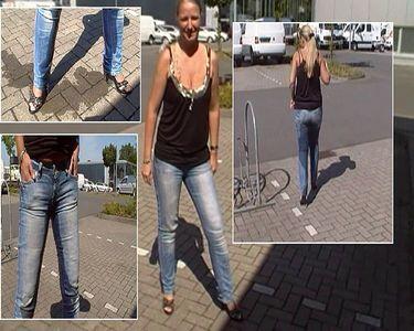 Public Jeans Pissing!