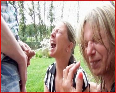 2 full pissed outdoor sluts !!