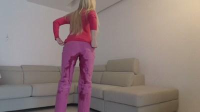 BlondePinkJeansMessy