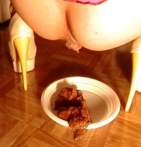 Mistress Prepare A New Meal For Slave