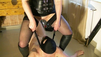 Mistress Andreea ashtray and throat pissing