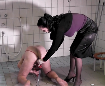 Slave ass gets red enema - part 2