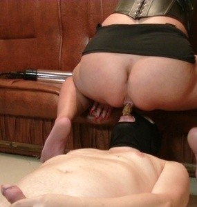 Goddess Andreea  - cumming on hosiery and feeding