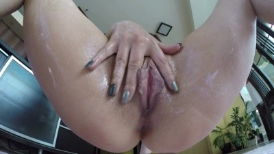 Giantess Double Golden Shower
