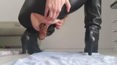 Catsuit Aroused Poop