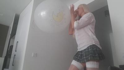 White Big Balloon
