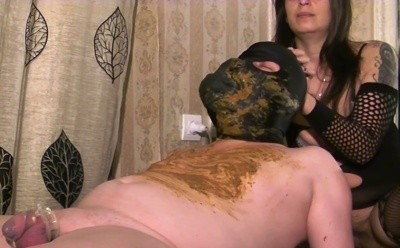 Mistress Roberta -  diarrhea feeding on a massage bench