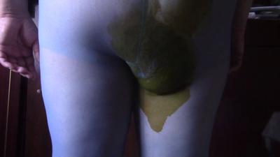Oxana: Nylon Poop Servant